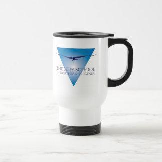 Taza azul del viaje del logotipo del triángulo