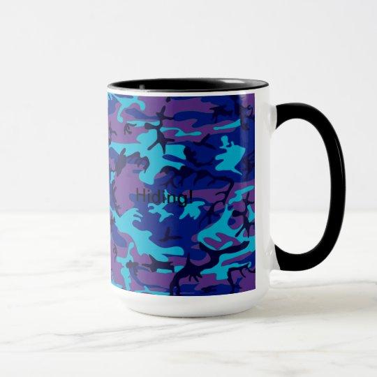 Taza azul marino y púrpura del camuflaje