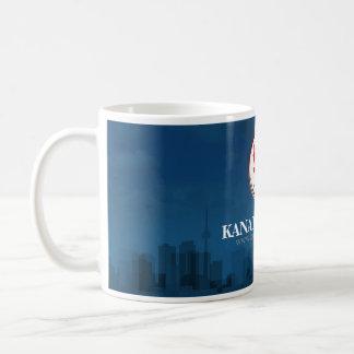 "Taza azul simple de ""Kanada Világa"""
