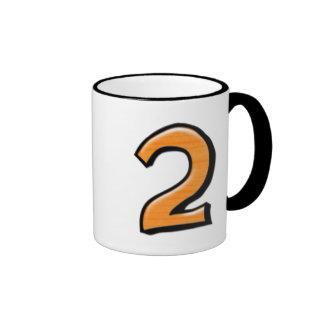 Taza blanca anaranjada del número 2 tontos