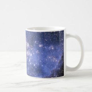 Taza blanca básica de la nebulosa de Magellan Taza Básica Blanca