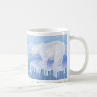 Taza blanca básica del oso polar