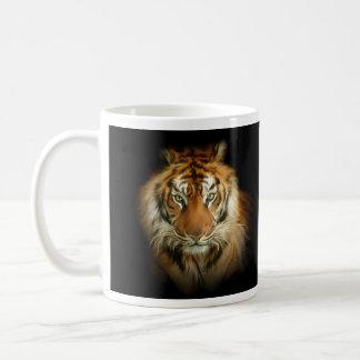 Taza blanca básica del tigre salvaje
