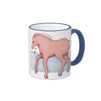Taza bonita del caballo