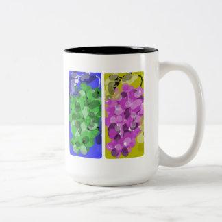 taza brillante y soleada de las uvas