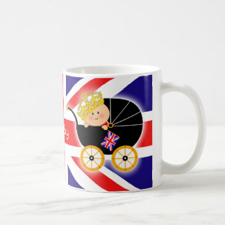 Taza británica de la bandera del bebé real