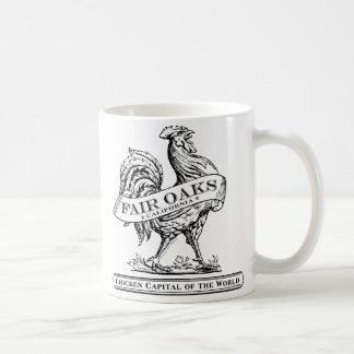 Taza capital del pollo blanca/negro