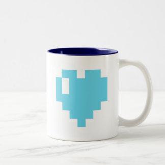 Taza ciánica del corazón del pixel