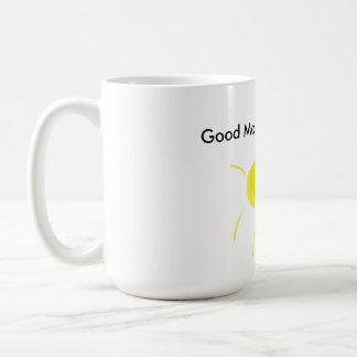 Taza clásica hermosa de la buena mañana