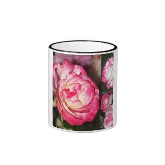 Taza color de rosa del collage