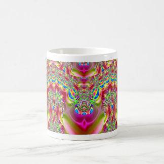 Taza color de rosa del diseño del fractal del oro