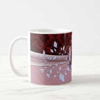 Taza color de rosa romántica roja de lujo del dama