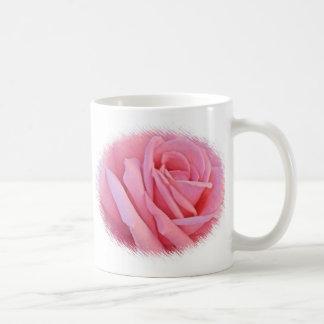 Taza color de rosa rosada del boda
