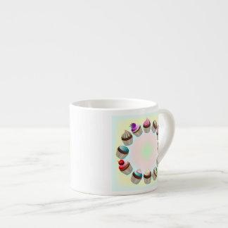 Taza colorida de la especialidad del círculo de la taza espresso