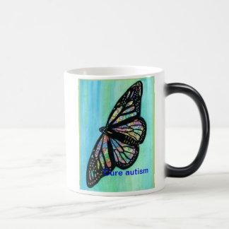 Taza colorida del autismo de la curación