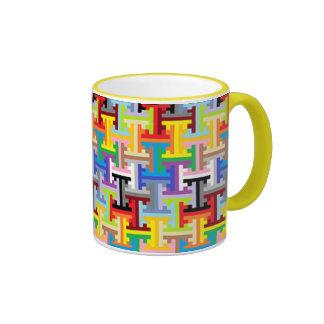 Taza colorida del modelo del pixel