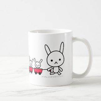 Taza - conejo con los pequeños conejos