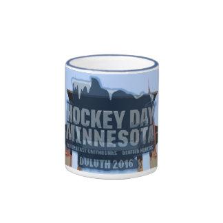 Taza conmemorativa 2016 de Minnesota Duluth del