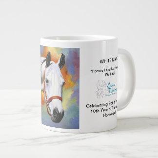 Taza conmemorativa de la yegua blanca taza grande