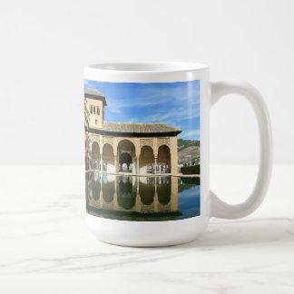 Taza de Alhambra Granada España