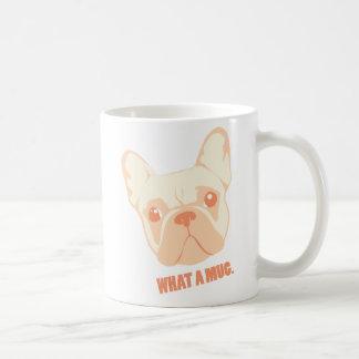 """Taza de café adorable del dogo francés - una """"qué"""