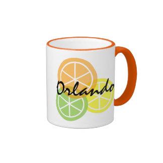 Taza de café anaranjada de LimeLemon de la fruta