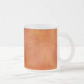 Taza de café anaranjada machacada