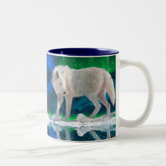 Taza de café ártica del arte del lobo, de la auror