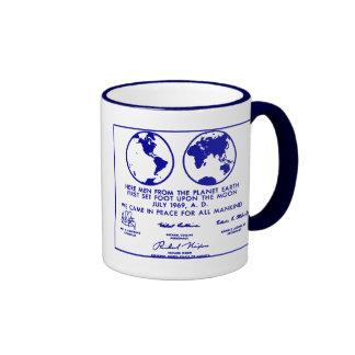 """""""Taza de café azul del PLAN de APOLO PLAQUE/MISSIO"""