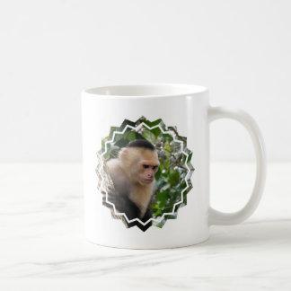 Taza de café blanca del mono del capuchón de Cheek