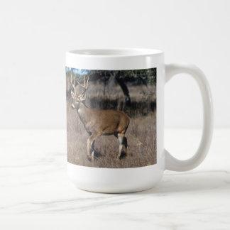 Taza de café Blanco-Atada de los ciervos