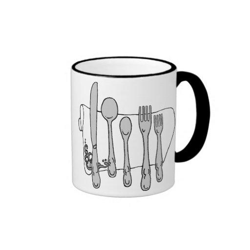 Taza de café blanco y negro del arte del servicio