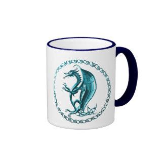 Taza de café céltica azul del dragón