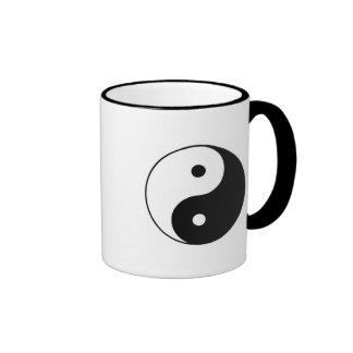 taza de café clásica del yin yang