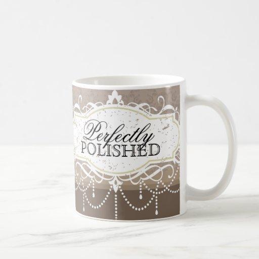 Taza de café con clase del salón del clavo
