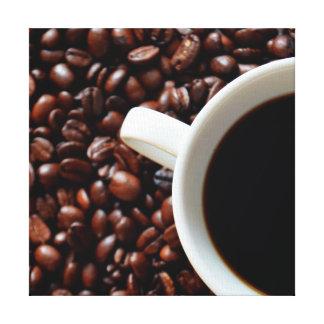 Taza de café con el café, granos de café impresiones en lienzo estiradas