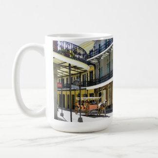 Taza de café con errores del barrio francés de New