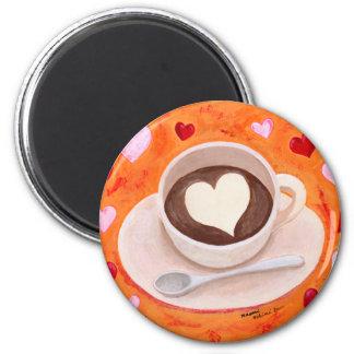 Taza de café con los corazones iman de nevera