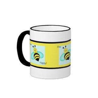 "Taza de café congregada feliz de la ""abeja"""