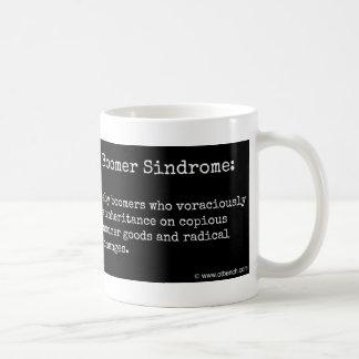 Taza de café crónica de Sindrome del nacido en el