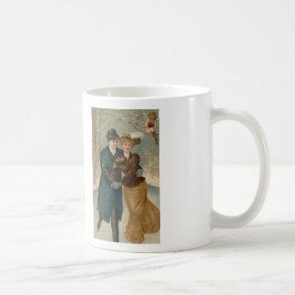Taza de café cruzada patinadora de la puntada de l