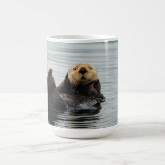 Taza de café de Alaska de la nutria de mar