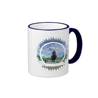 Taza de café de cerámica del puente del caballo