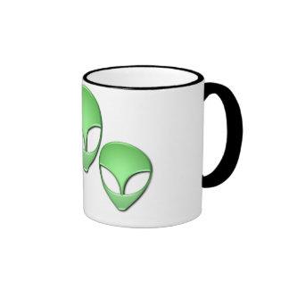 Taza de café de cerámica del trío extranjero