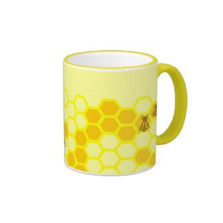 Taza de café de encargo del panal de la abeja de