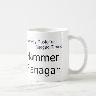 Taza de café de Flanagan del martillo