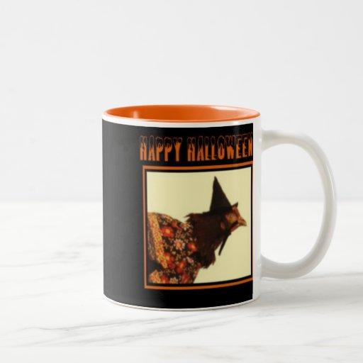 Taza de café de Halloween con el saludo del pollo