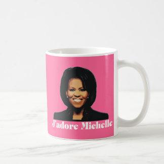 Taza de café de J'adore Michelle en rosa de la fre