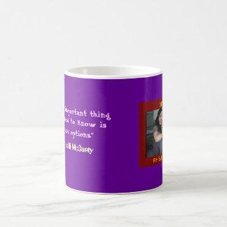 Taza de café de Kelli McCarty del PERRO de la DIVA