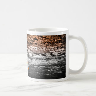 "Taza de café de la ""agua de vida"""